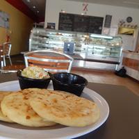 Xinia's Bakery pupusas