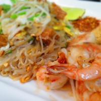 Blue Bay Thai shrimp pad thai